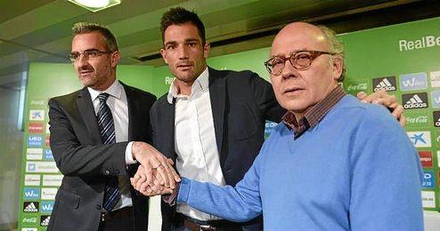 Ollero, junto a Adán y Macià, habló sobre el acuerdo con Lopera.