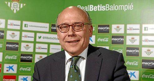 Juan Carlos Ollero cumple un año al frente del Betis.