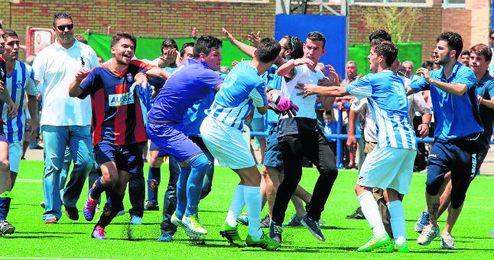 El Cerro-Rinconada de la pasada temporada en Segunda Andaluza acabó con una triste tangana.