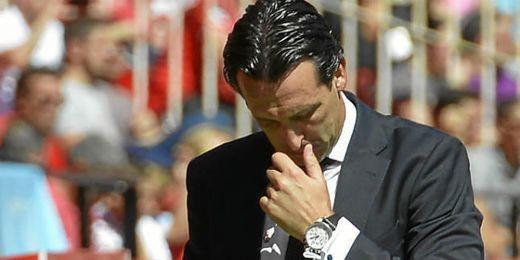 Unai Emery, preocupado por los resultados.