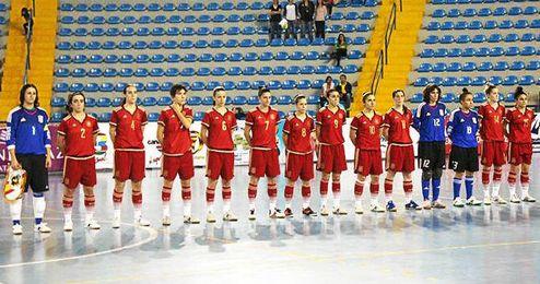 Las españolas ganan en la segunda jornada del torneo.