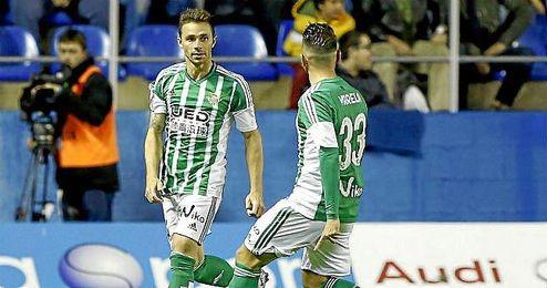 Rub�n Castro celebra su gol ante el Levante.