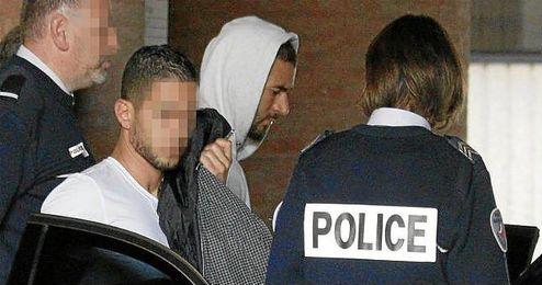Benzema entrando en el Palacio de Versalles.