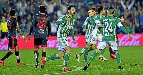 Jorge Molina evit� con su gol la quinta derrota seguida en el Villamar�n, algo jam�s visto.