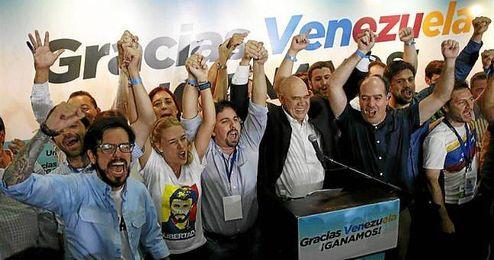 """Maduro ha reconocido su derrota y ha aceptado los """"resultados adversos""""."""
