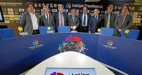 Los clubes de la Liga BBVA y la Liga Adelante siguen cumpliendo con sus responsabilidades económicas.