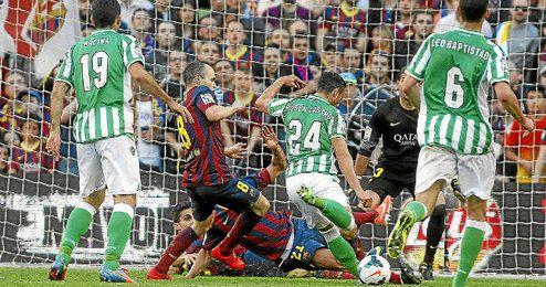 El Betis lleva 13 visitas al Camp Nou sin ganar.