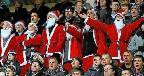 El �Boxing Day� propicia im�genes muy curiosas en la gradas de la Premier League.