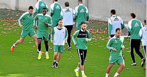 El equipo verdiblanco durante un entrenamiento.