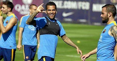 Daniel Alves, en un entrenamiento del FC Barcelona.