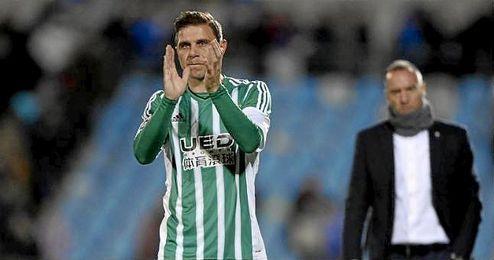 Joaquín saludó a la afición al final del partido.