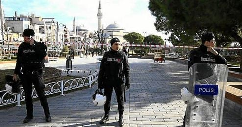 En octubre, el Gobierno ya aplic� un bloqueo similar tras el doble ataque de Ankara.