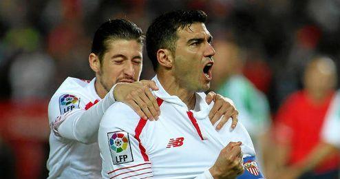 Reyes celebra su gol.