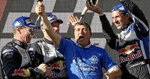 Ocupo un puesto ejecutivo en el equipo Sauber de Fórmula Uno entre 1996 y 2001.