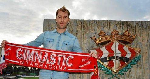 El veterano jugador fue clave en el Sabadell la temporada 2013-2014, cuando anotó 18 goles.
