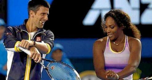 La estadounidense Serena Williams, se topó con un debut trabajado ante la italiana Camila Giorgia por 6-4, 7-5.
