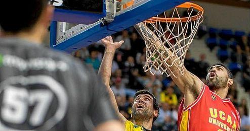 Augusto Lima, en un partido con el UCAM Murcia.