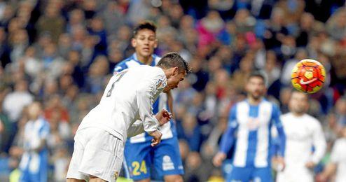 Ronaldo anotó así su tercer gol.
