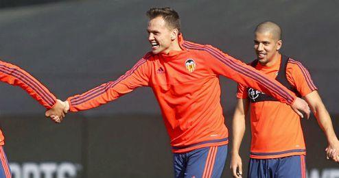 Cheryshev ya es uno más en la disciplina del Valencia.
