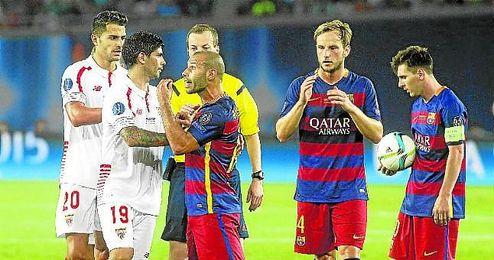 La temporada empezó con un Barcelona-Sevilla en la Supercopa de Europa.