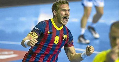 V�ctor Tom�s, en un partido con el Barcelona.