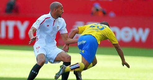 N�Zonzi, durante un lance del partido ante Las Palmas.