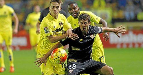 El enfrentamiento de la primera vuelta en El Madrigal se sald� con triunfo del Villarreal por 2-1.