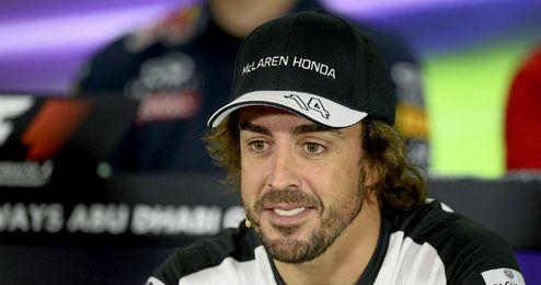 """Fernando Alonso está """"contento"""" en McLaren Honda."""