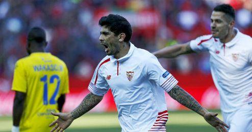 Banega sigue sin renovar con el Sevilla.