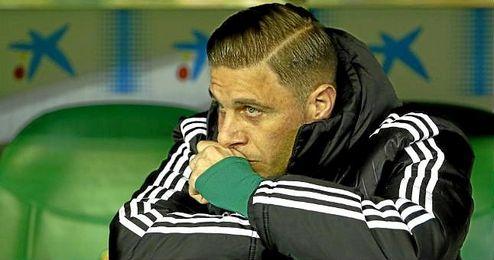 Joaqu�n estuvo en el banquillo ante el Sporting y volvi� a jugar.