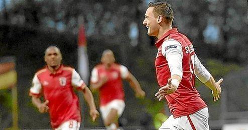 Nikola Stoiljkovi? celebra su decisivo gol
