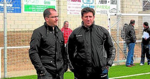 José Juan Romero y Diego Román, el día de la inauguración del estadio rojinegro.