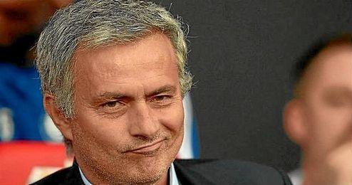 En la imagen, el técnico luso José Mourinho.