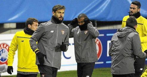 Llorente, durante el entrenamiento de ayer en el Aker Stadion de Molde.