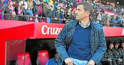 Gracia podría recalar en el banquillo del Sevilla si Emery no sigue.