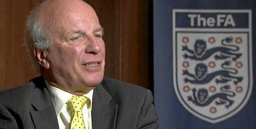 Greg Dyke, presidente de la FA.