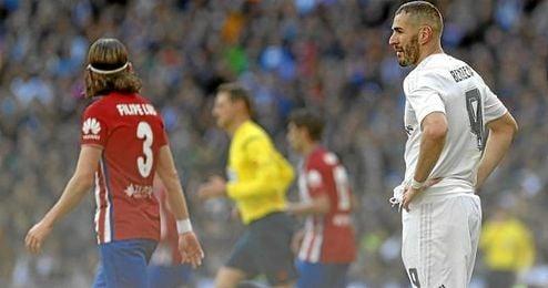 Karim Benzema en un lance de juego del partido frente al Atlético de Madrid.