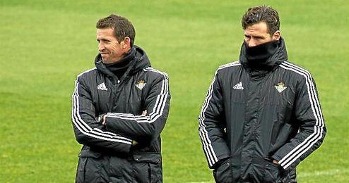 Juan Merino y Capi, su segundo entrenador.