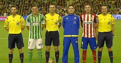 Jaime Latre dirigió el Betis-Atlético de esta campaña.