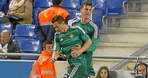 Rub�n Castro celebra su gol ante el Espanyol.