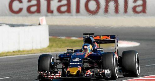 El Toro Rosso de Carlos Sainz hizo el segundo mejor tiempo.
