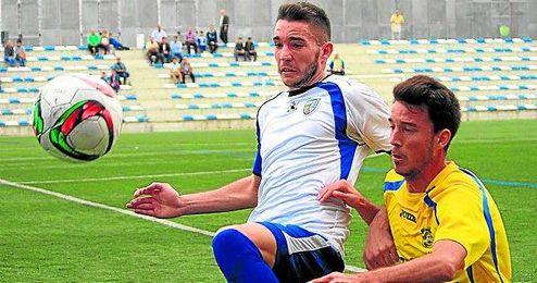Lance del Alcalá-San Juan disputado en la primera vuelta, con victoria visitante por la mínima (0-1).