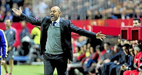 """""""Casillas es un grandísimo guardameta, no tiene sentido cuestionar su valor""""."""