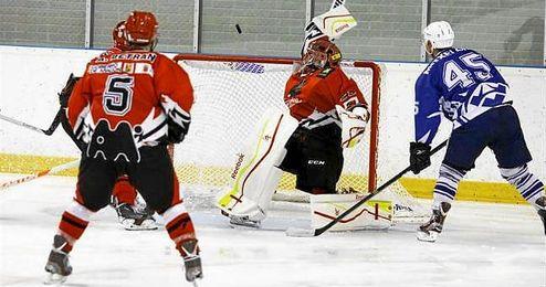 Hace una semana, estos equipos jugaron la final por el título de la Liga Nacional de Hockey sobre Hielo (LNHH).