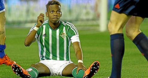 Charly Musonda ha completado sus ocho encuentros de Liga con la el�stica verdiblanca.