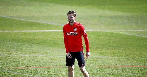 El belga Yannick Carrasco es duda por un traumatismo en el tobillo.