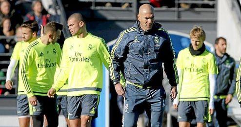 El jueves completó de nuevo en sesión vespertina la jornada de trabajo el Real Madrid.