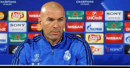 Zidane atendi� a los medios en la rueda de prensa previa al partido de ma�ana frente al Wolfsburgo.