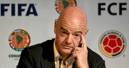 Gianni Infantino firmó un contrato en 2006 con una compañía offshore que apareció entre los documentos filtrados del caso denominado Panamá Papers.