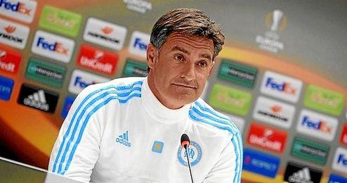 En la imagen, el entrenador del Marsella Michel.